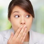 como controlar o mau hálito